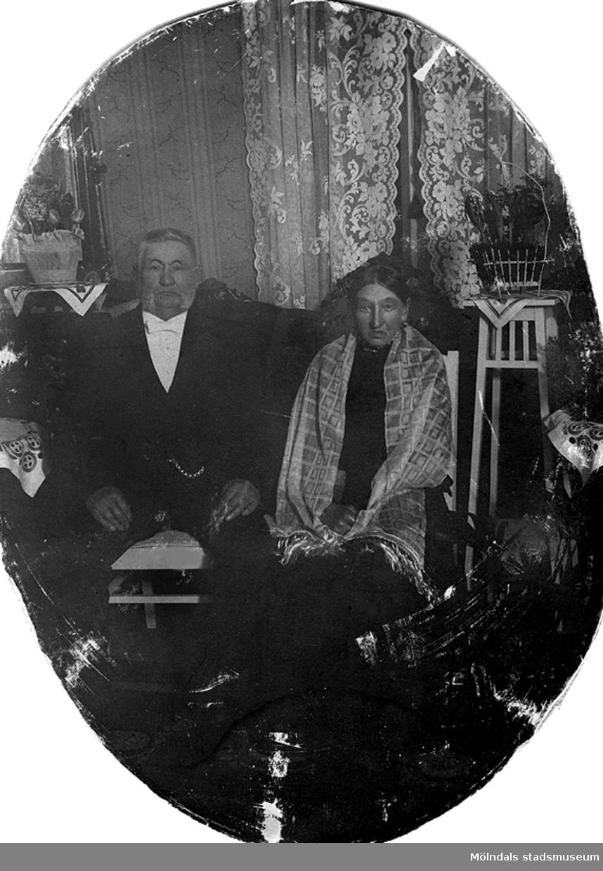 Kerstin Carbes mors farföräldrar, Bernhard Bengtsson och ??. Guldbröllop 1916. De bodde på Ormåsgatan.