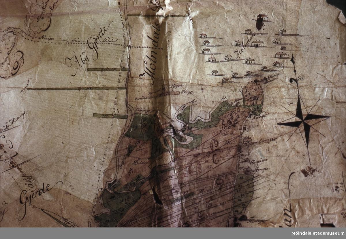 Karta från 1700-talet med fingerad by på platsen för nuvarande Kvarnbyn.