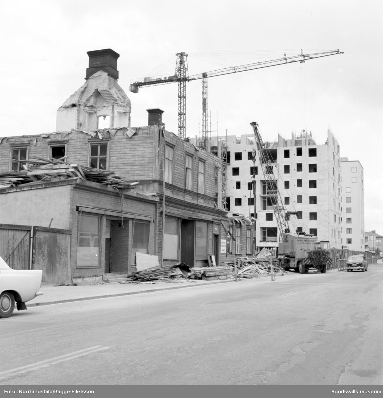 Rivning och byggnation på Storgatan 54.