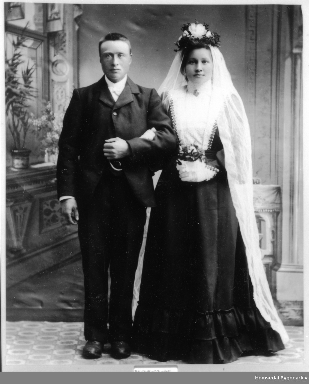 Ola Hovda (1878-1956) og Margit Olsdotter Kariset (1879-1966)