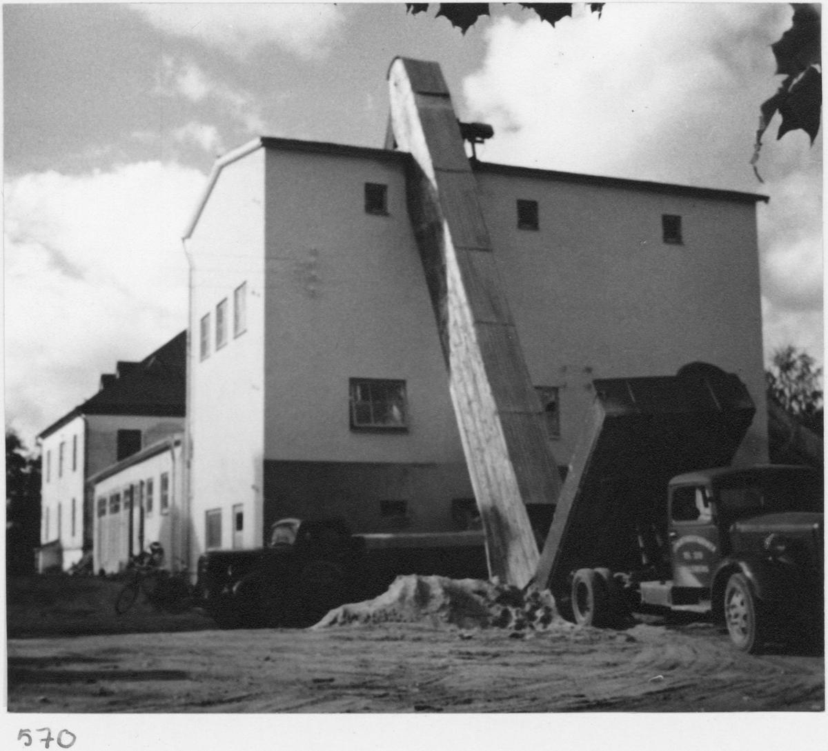 Murbruksfabrik Exteriör