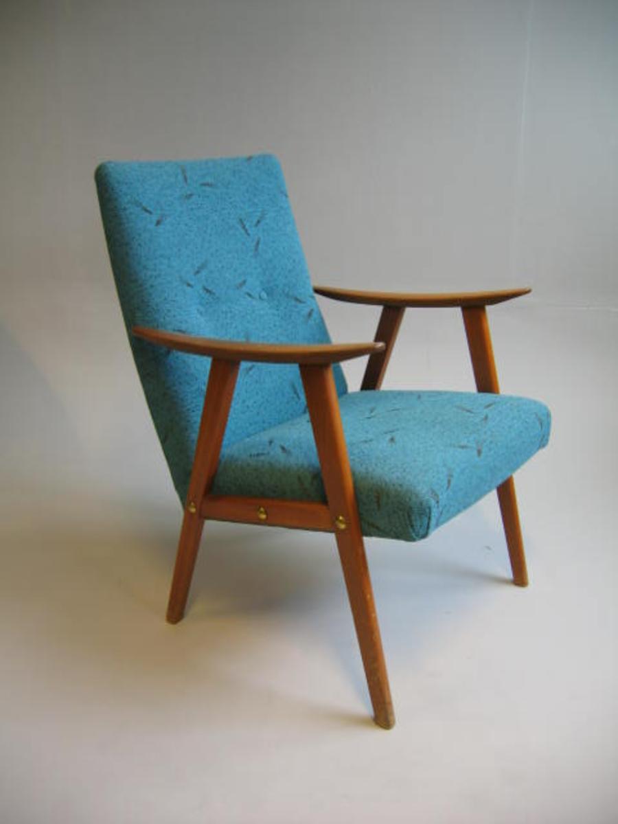 Form: Lenestol  -  stopping i sete og rygg