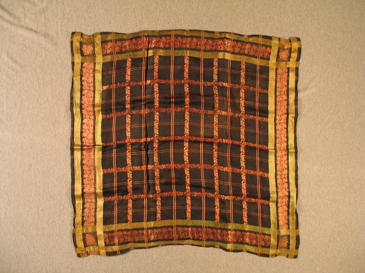 Kvadratisk sponsa silkeklut, borda med innvove bladmønster  i svart, rosa og grønt