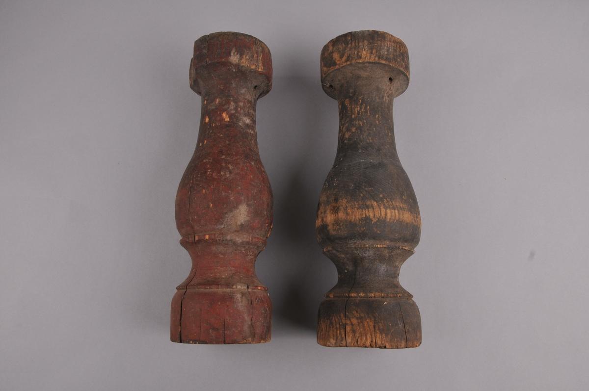 Dreia stolpe av tre, med inn- og utbukta form.