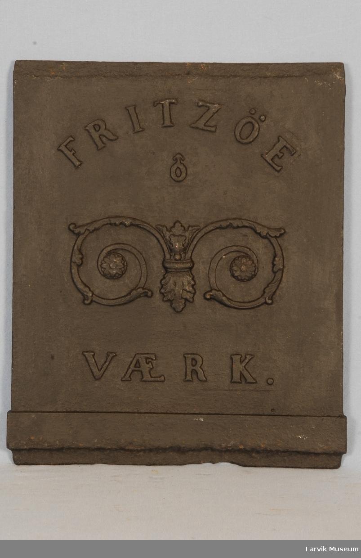 palmettlignende ornamentikk og Fritzøe Værk
