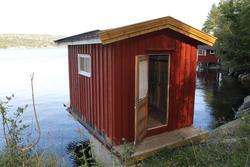 Badehuset på Skåtøy som er flyttet  til Berg-Kragerø Museum.