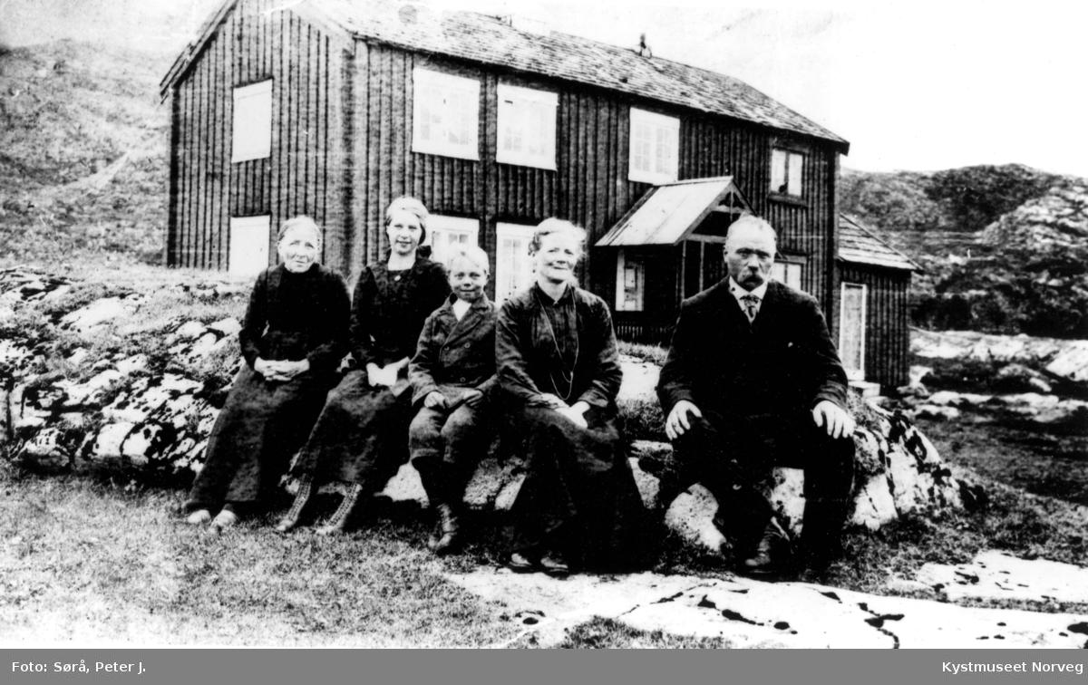Familie fra Lian i Valøya