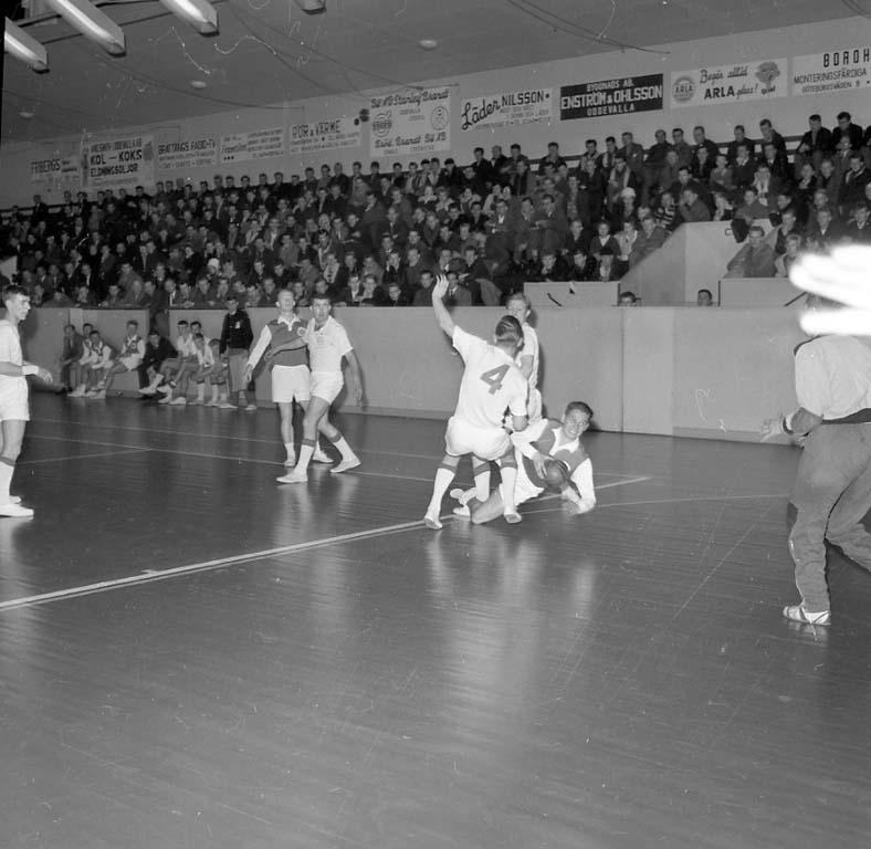 """Enligt notering: """"Handboll Lysekil Uddevalla dec 1960""""."""