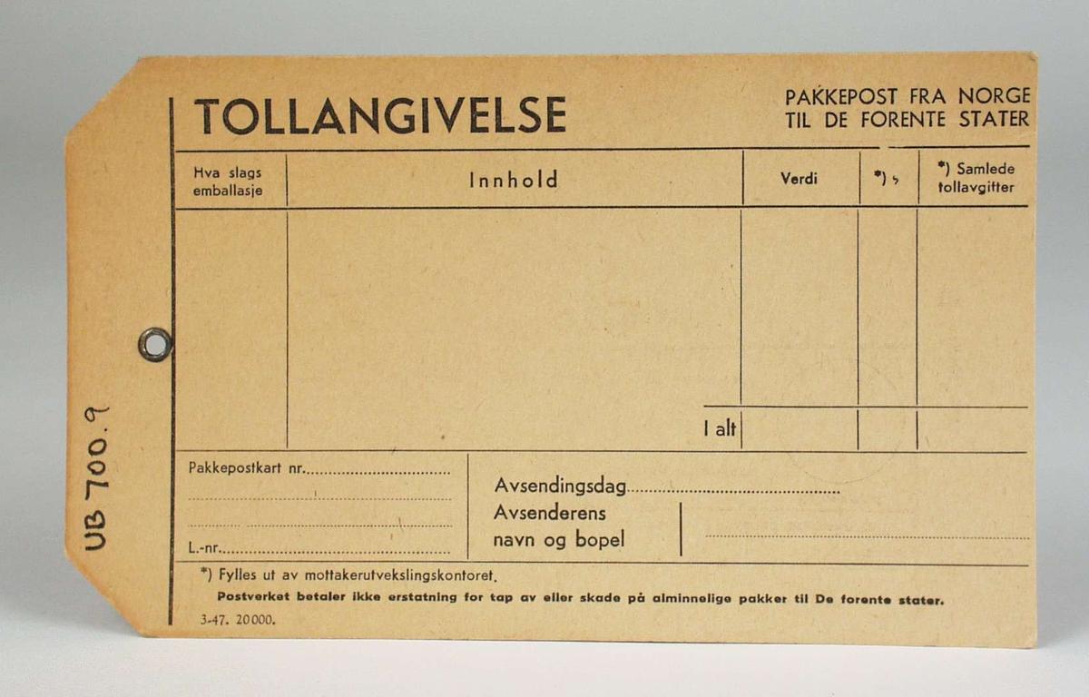 Tollangivelse fra Det norske postverket på stivt, brunt papir.