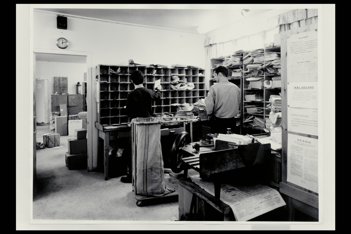 interiør, postkontor, 5400 Stord, personale, sortering