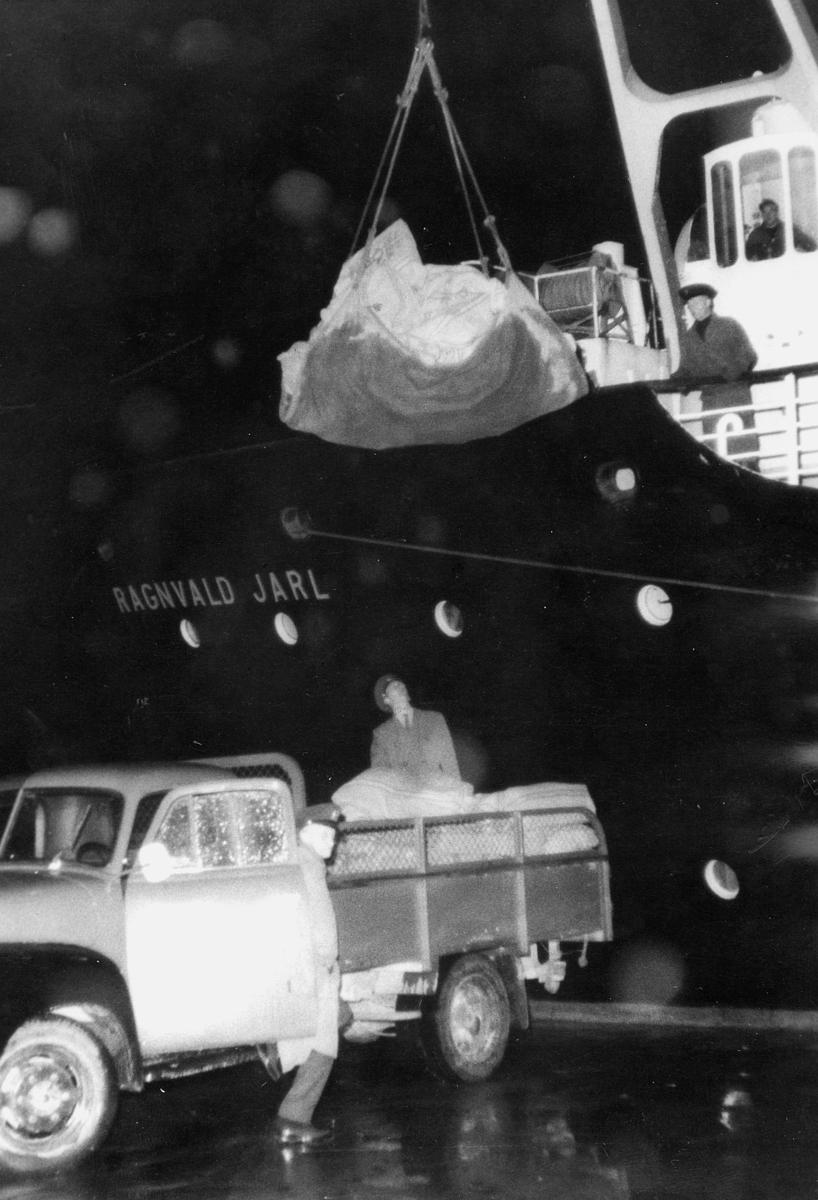 transport båt, eksteriør, Ragnvald Jarl, postutveksling, Bergen-Kirkenes