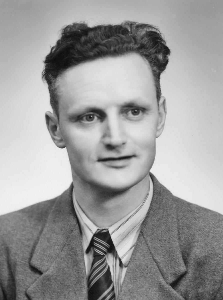 portrett, postmester, Nordahl Jæger Nilsen