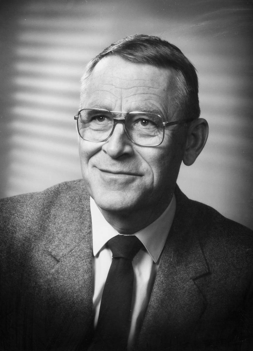 postmester, Olsen Harold Bjørn, portrett
