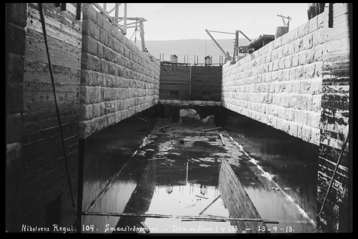 Arendal Fossekompani i begynnelsen av 1900-tallet CD merket 0474, Bilde: 40 Sted: Småstraumene Beskrivelse: Sluser