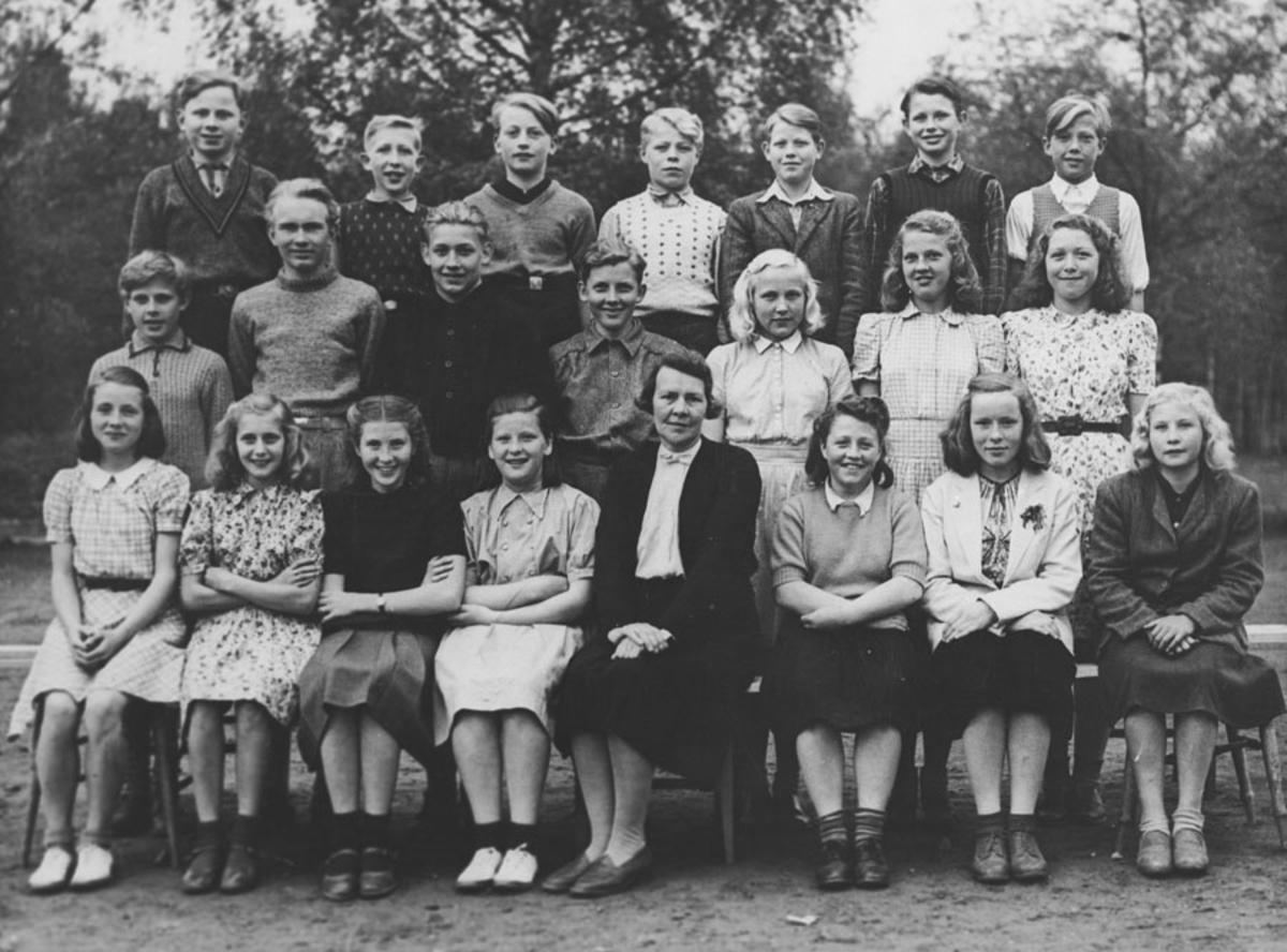 7. klasse, Kontra 1946