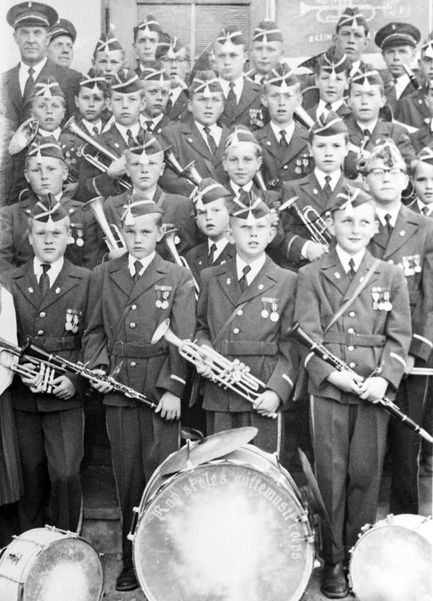 Rud skoles guttemsikk-korps.