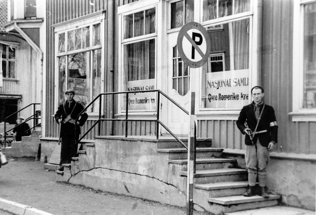 Eidsvoll, foran NS`s kontor for Øvre Romerike.
