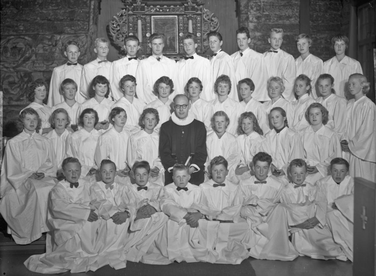 Konfirmanter i Hurdal Kirke