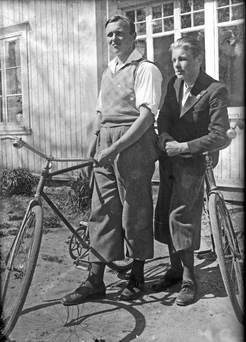 Fra venstre: Kristian Bjercke og Egil Engenes, Eidsvoll Verk