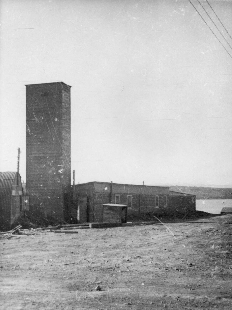 Bildet er trolig fra 330 skvadronens avdeling på Sullom Voe, Shetland.