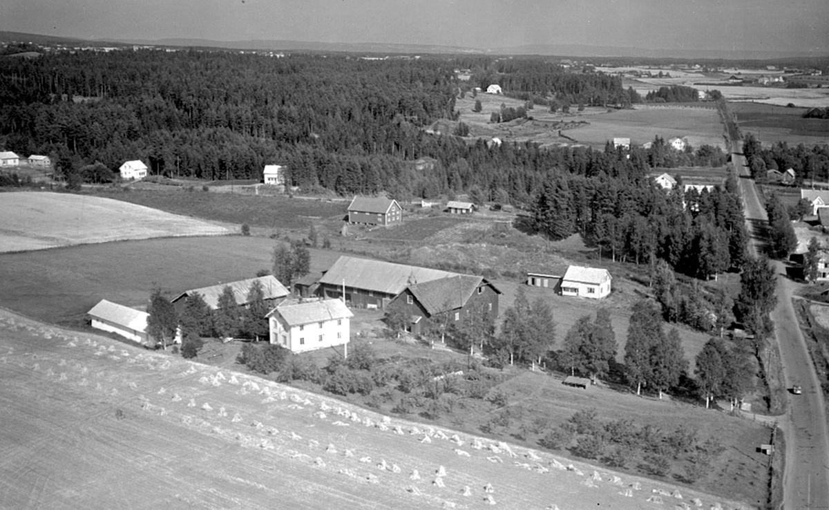 FLYFOTO TØNSET GARD.