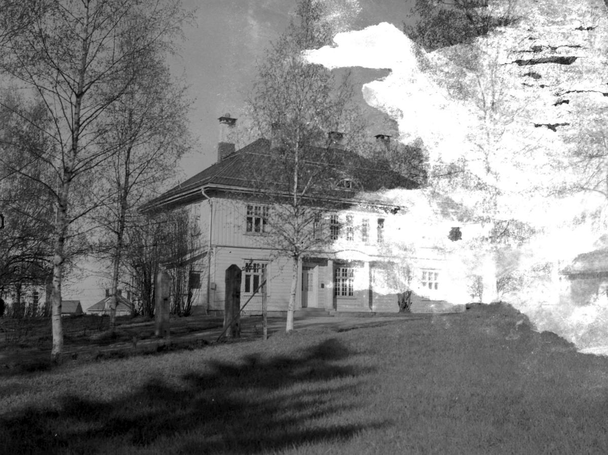 Leiret, Torvet, Lillebakken