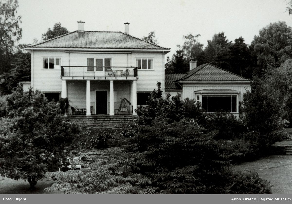 Kirsten Flagstads hjem Amalienborg i Kristiansand. Kirsten Flagstad's home Amalienborg at Kristiansand.