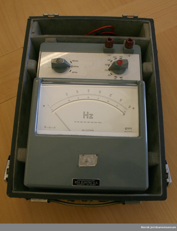 Instrument for frekvensmåling av periodeomformer. Fabrikat GOERZ, Østerrike. Type 14 43 79/ 160.