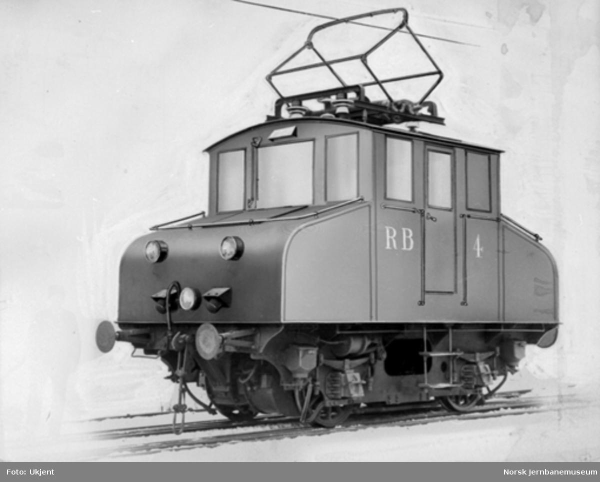 Rjukanbanens elektrisk lokomotiv nr. 4, retusjert