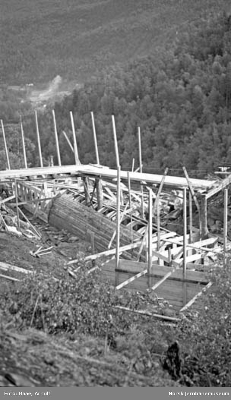 Kulvert for rørgate ved Russåga, forskaling og bygging av transportstillas