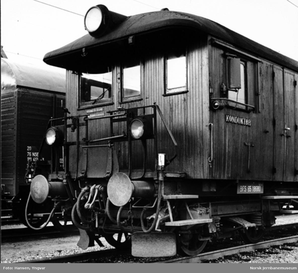 Styrevogn for elektrisk motorvogn, litra BFS 65 nr. 18680